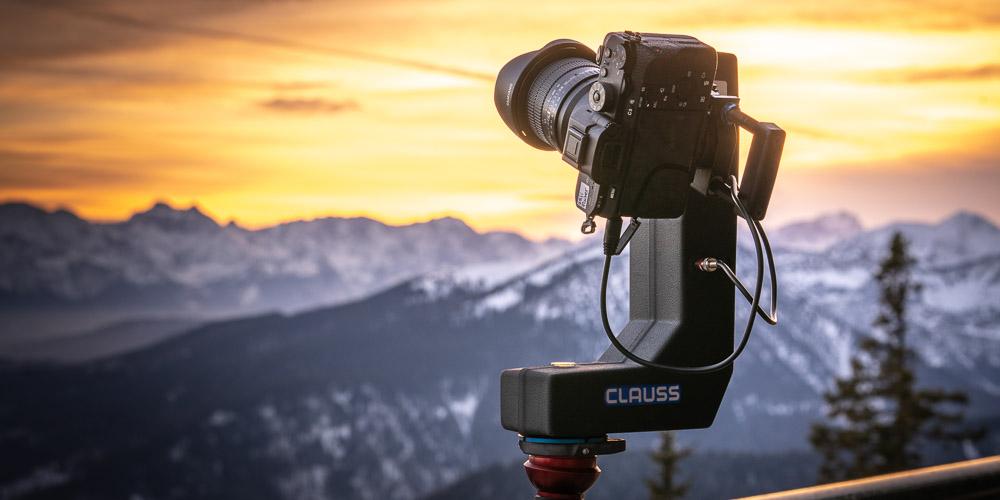 Kamera und Panoramastativ